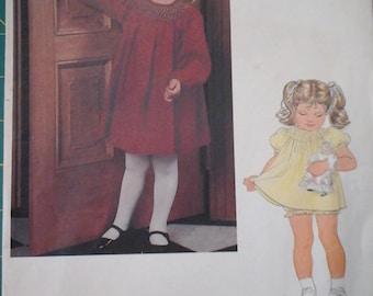 FF Little Vogue 2800 Girls Dress & Bloomers, size 4