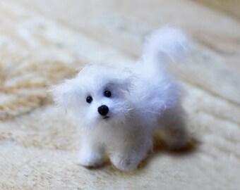 Knitted Maltese dog portrait Сustom dog art doll Personalized dog custom pet portrait puppy doggy stuffed animal Maltese doggie gift toy