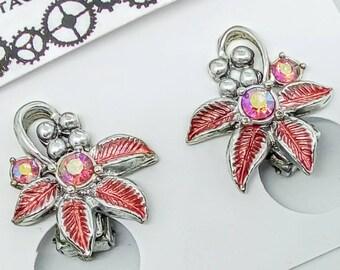 21x19mm 1950s vintage clip on earrings, vintage rhinestone earrings, pink enamel earrings, pink flower earrings, pink rhinestone earrings