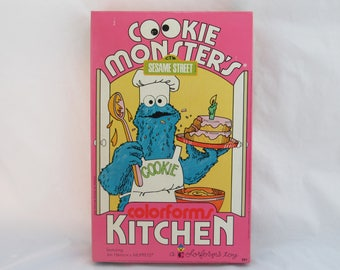 Sesame Street Cookie Monster's Kitchen Colorforms 1974 Vintage Complete in  Box