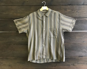 Vintage 90s Button Up