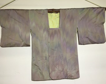 Holographic mid length kimono with buttons