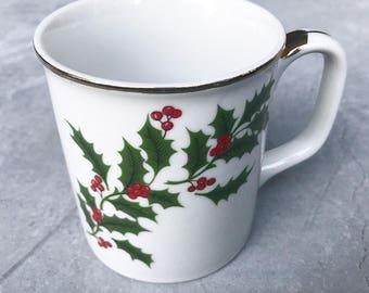 Set of 4 Vintage Holly Christmas Mugs