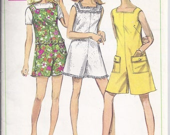 Simplicity 7684  Vintage sewing Pattern 1968: Misses PantDress or Pantjumper.  Bust 32 1/2