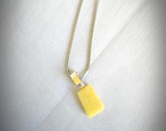 Simple Yellow Serpentine  Pendant