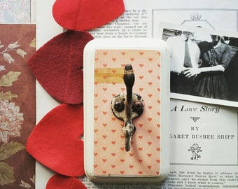 Decorative Wall Hook, Vintage Style Pink Heart Hook, Jewelry Organizer, Key Hook, Clothes Hanger, Cottage Chic Home Decor