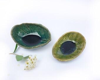 2 coupelles, saliere poivriere,sel et poivre, centre de table, decoration automne,poterie faitmain , nature ,impression végétale