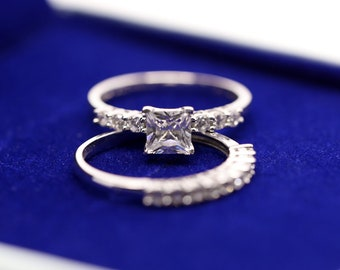 Double ring 3.66g in 9k White Gold Solid 375 Wedding Ring Set with High Quality CZ. The main CZ is in Princess Square Cut