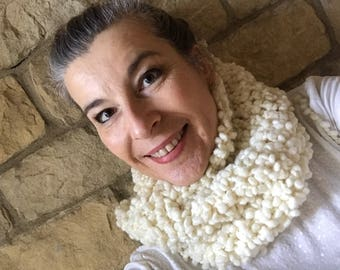 Knitted cowl bouclé