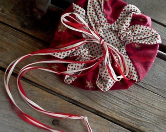 Holiday Drawstring Pouch, Red Fabric Wristlet Purse, Fabric Christmas Gift Bag, Hosiery Storage, Ornament itsyourcountry