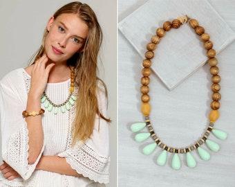 statement necklace // bib necklace // boho statement necklace /boho fashion /colorful bib necklace/Drops pendant necklace/Drops bib Necklace