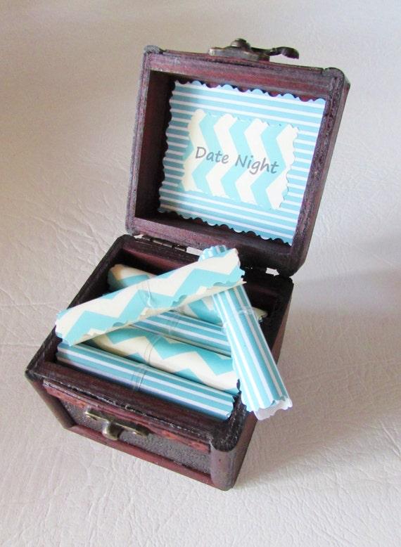 Men Valentine, Men Birthday, Boyfriend Valentine, Husband Valentine, Date Night Scroll Box, Boyfriend Anniversary Gift, Date Night Scrolls
