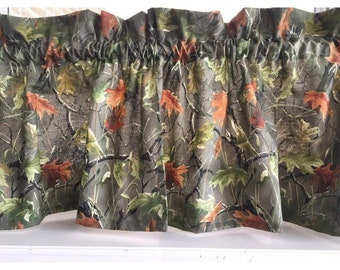 """Camouflage leaves Valance Curtain 40""""W x 13""""L"""