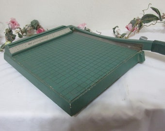 Paper Cutter Metal Small with 9 Inch Measure Premier Photo Material
