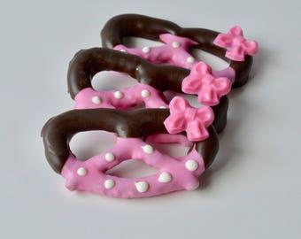 Chocolate, Chocolate Covered Pretzels (12), Chocolate Dipped Pretzels, Chocolate pretzels, Baby Shower, First Birthday, Candy, Chocolate