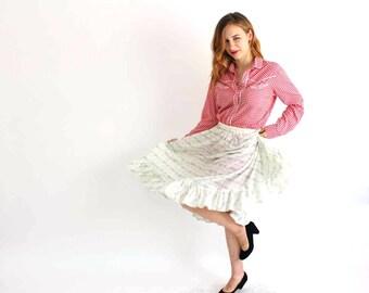 """vintage prairie skirt . white calico floral skirt . vintage handmade skirt, 25"""" waist . womens skirt small . cotton skirt . midlength skirt"""