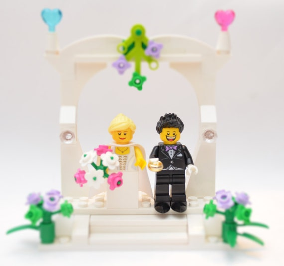Custom Lego Wedding Cake Topper LegoCakeTopper LegoFavor LegoWedding WeddingCakeTopper LegoWeddingCake LegoLove