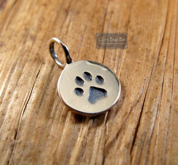 Silver Plated over Bronze : Paw Print Charm Pawprint Pendant Disk, Little Pawprint Charm for Making Jewelry (vsa 682)
