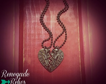 Thelma & Louise Stamped Heart Necklace Set