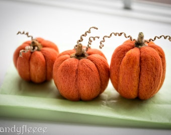 Felted Pumpkins Decor Fall Autumn Decoration Harvest Ornament Thanksgiving Gift Halloween Orange Felt Pumpkins Rustic Farmhouse Set of 3