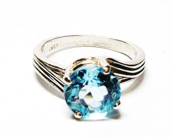 "Sky blue topaz, sky blue topaz ring, blue topaz, solitaire ring, birthstone ring, blue, s6 1/2  ""Star Quality"""