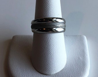 Vintage 18KT White Gold Plated Ring, Size 8.5 Ring, Ring for Women, Wedding Band, Vintage Ring, Vintage Wedding Ring, Wedding Ring