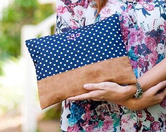 Monogrammed Bag, Monogrammed Pouch, Monogrammed Makeup Bag, Monogrammed Cosmetic Bag, Makeup Pouch, Navy Cosmetic Bag, Bridesmaids Gift