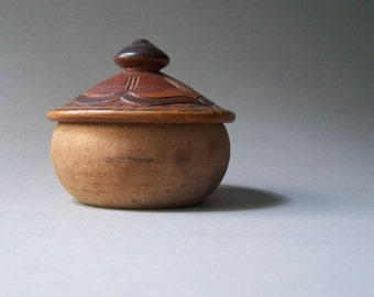 Small Primitive Wooden Trinket Bowl w/ Lid / Carved and Stained Lid / Trinket Box