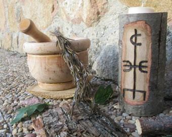 Pagan Wooden Candle Holder Rune of the Magicianed pyrography • Pagan wood candle with rune of magician Pirograbada • Witch, Viking, Celtic