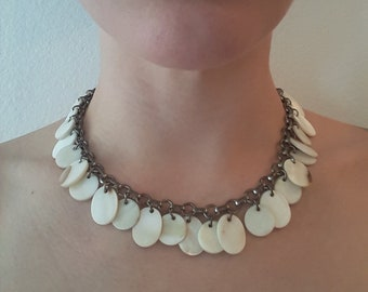 Vintage Estate Costume Jewelry Mother of Pearl Disc Beads on Silver Toned Chain Adjustable Choker