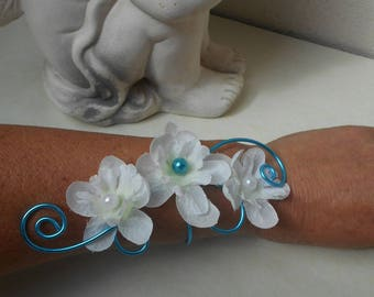 Bracelet - wedding flowers artificial flowers - Turquoise and white