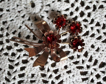 Vintage/Ruby/red/jewel/sterling/brooch/pin/bow/floral/bouquet. Pretty brooch. Valentines day/gift.