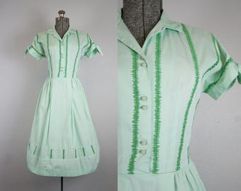 1950's Mint Green Cotton Day Dress / Size Medium