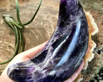 One of a kind large Chevron Amethyst crescent moon, 1 lb. 7.2 oz./660 grams