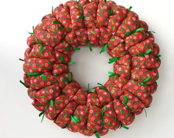 Christmas fabric wreath, winter / holiday wreath, pillow wreath, door / wall decoration, candle ring, red & green wreath