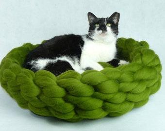 Cat Bed, Cat House, Cat furniture, Cat Cave, Chunky Cat Bed, Chunky Cat House, Chunky Bedding, Puppy Bed, Dog Bed, Dog Furniture, Gift, SALE