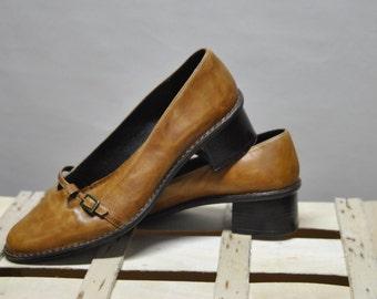 BATA Vintage Leather shoes....(041)