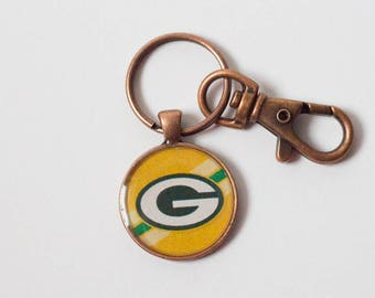 Green Pay Packers Keychain, Gift for Football Fan, Packers Logo