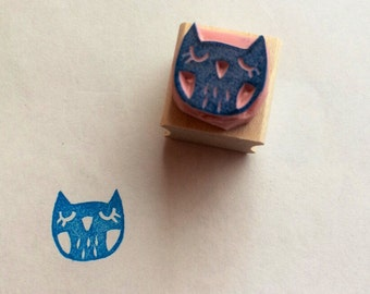 Owl stamp//hand carved rubber stamp