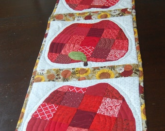 Quilted Patchwork Apple Table Runner