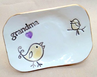 Ceramic Grandma Trinket  Dish edged in gold mothers day