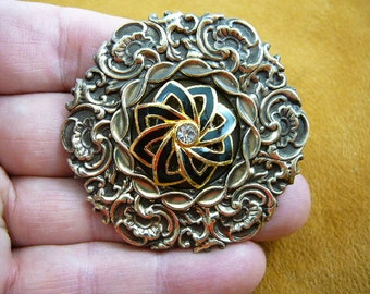 black and gold flower on scrolled textured round circle Victorian repro brass pin pendant BR-83