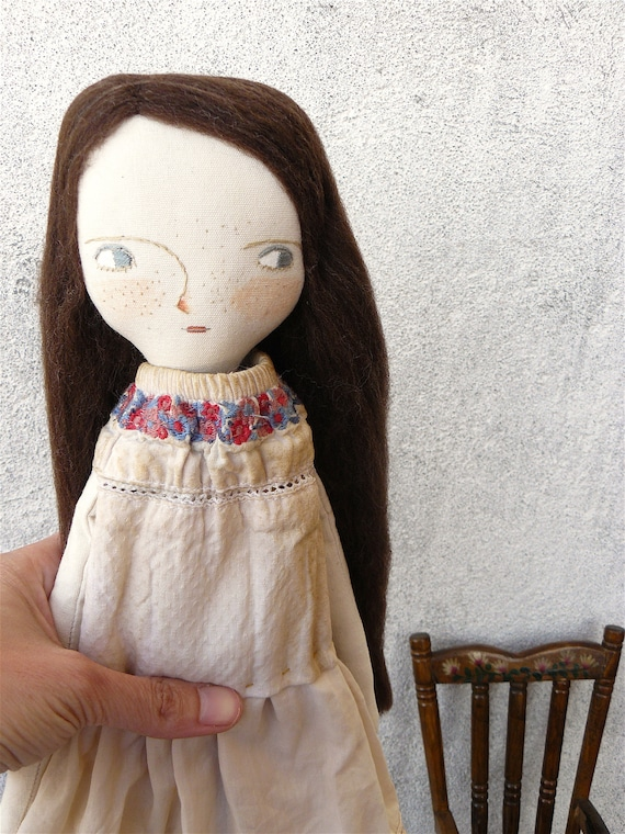 New more stylized model. Art doll in cotton. Wool hair. 16 inches. Brown hair