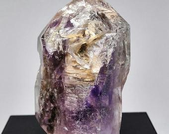 Large Smokey/Amethyst quartz crystal