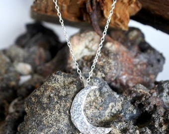 Sterling Silver Crescent Moon Hammered Pendent Necklace