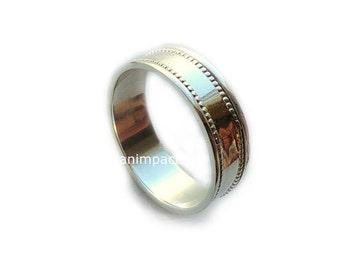 Spinning ring, Spinner ring, simple ring, unisex band, sterling silver band, thin silver ring, unisex wedding band - shimmering light  R2103