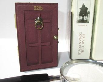 Sherlock Holmes 221b Baker Street Door trinket / jewelry box from KaztielKrafts
