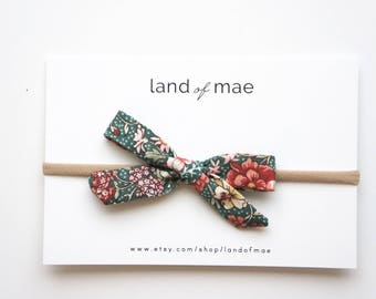 Evergreen Floral** NYLON OR CLIP** Baby headband, Girl headband, Fabric bow, Matching bow, Girl Gift, Baby Gift