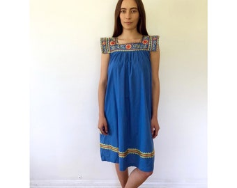 Indian Sky Dress // vintage 70s 1970s boho blue ethnic cotton midi kaftan caftan tunic embroidered angel sleeves dashiki hippie hippy // S/M