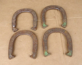 Vintage horseshoes lot,cast iron primitive rustic barn,horse stable wall decor hangings,horse shoes game
